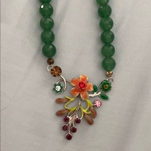 Jade cut glass beads with floral crystals 20 inch